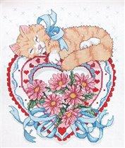 Котик на сердечке