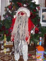 Чтоб пришел к нам Дед Мороз, мне пришлось наклеить нос!