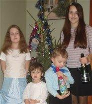 Три сестрицы и братишка