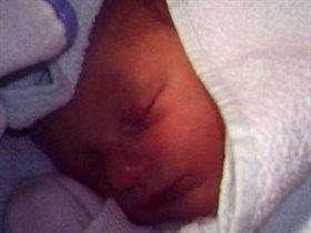 Илюша родился