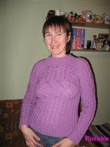 Сиреневый свитерок.