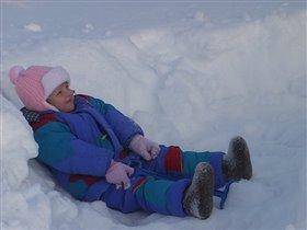 Я весь день снежок копала. Так копала, что устала!!!