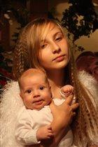 мадонна с младенцем :)