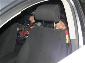 Идеальные путешественники - спящие путешественники:)