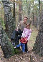 Каждый выходной наслаждаемся походом в лес!