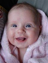 'Удивительный ребенок' - обо мне все говорят...Потому-что я с пеленок улыбаюсь всем подряд!