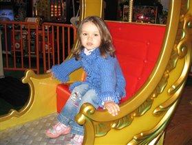 на атракционах,моя Настюшка,3 годика:-)