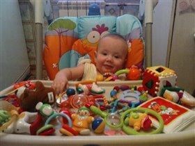 А это мои любимые игрушки!