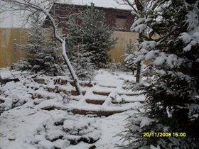 Лестница под снегом