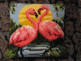 подушка с фламингами Вервако.