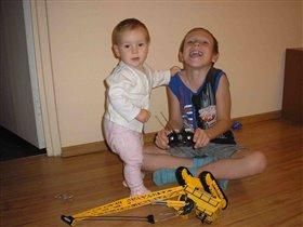 Моя лучшая игрушка-мой любимый старший брат