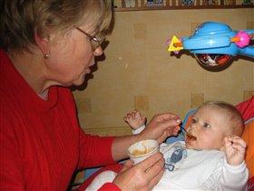 Хирург: Сестра, ложку...еще ложку