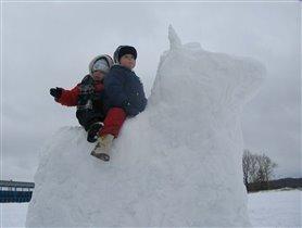 На снежной лошадке!!!