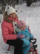 Вместе катаемся на снегокате!