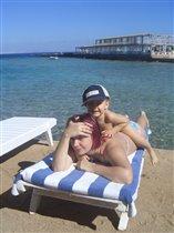 Я на мамочке лежу,  я на солнышко гляжу...
