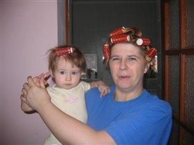 На бабульку я похожа - я с прической , она тоже!