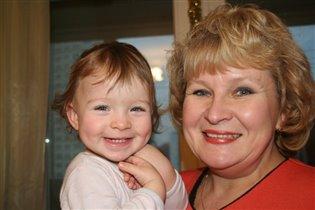 Моя любимая бабушка Лида  и Я