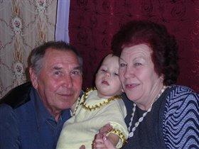 Дед и бабушка моя.лучшие мои друзья.