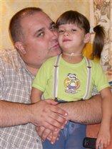 Папа и Дашенькой- ну просто одно лицо!