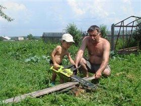 Строим дачу с дедулей