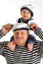 любимый дедушка и я !