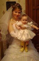 А мы с тетей две невесты