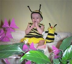 Где цветочки - там и пчелки! :-)