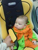 примерка автомобильного кресла