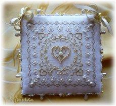 JBW Designs - Golden hearts