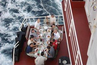 Пикник на борту (Атлантический океан)