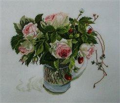 Розы и земляника.