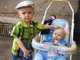 Тимур и Паша- два брата