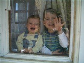 симпатяшки за стеклом))))