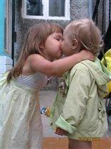 Любимые сестренки