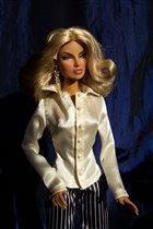 Женька в бежевой блузке