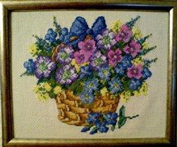 'Корзина с цветами' (Permin)