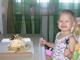 Лизуня с тортиком