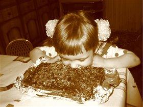 чтобы подрасти надо много есть...вкусного