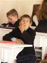 Школа школой, а обед по рассписанию!