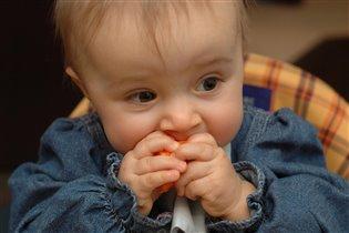 А я как зайка!!!На обед у меня морковка!!!