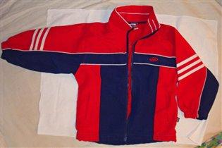 курточка от спорт. костюма д/м, примерно на 3 года