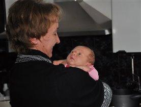 Какая красивая у меня бабушка! Кажется, я в неё...