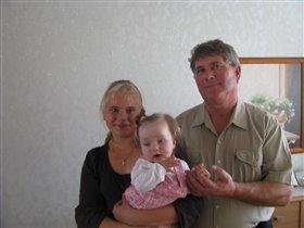 С любимыми внучками