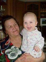 Ура, моя любимая бабуля приехала!!