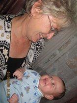 Настенька с прабабушкой