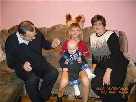 Вот такие молодые у нас бабуля и дибуля