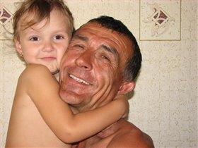 Вот как мы любим с дедулей друг друга!