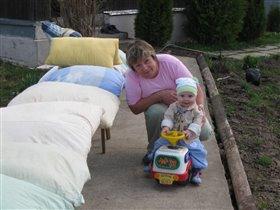 Я и бабушка - автогонщики