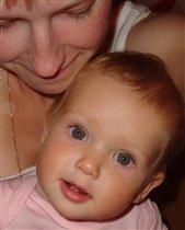 Красавица Настюшка-плюшка с мамой