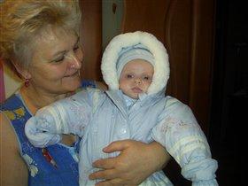 Бабушка с долгожданным внуком!
